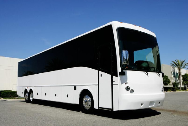 Indianapolis 50 Passenger Charter Bus